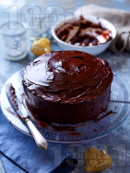 Торта Негърче с шоколадова глазура - снимка на рецептата